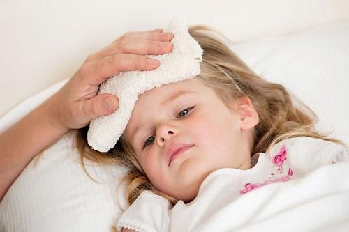 Các cách hạ sốt cho trẻ hiệu quả