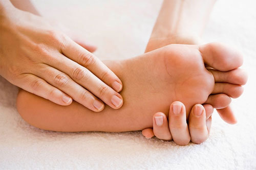Cách chữa chai chân hiệu quả-1
